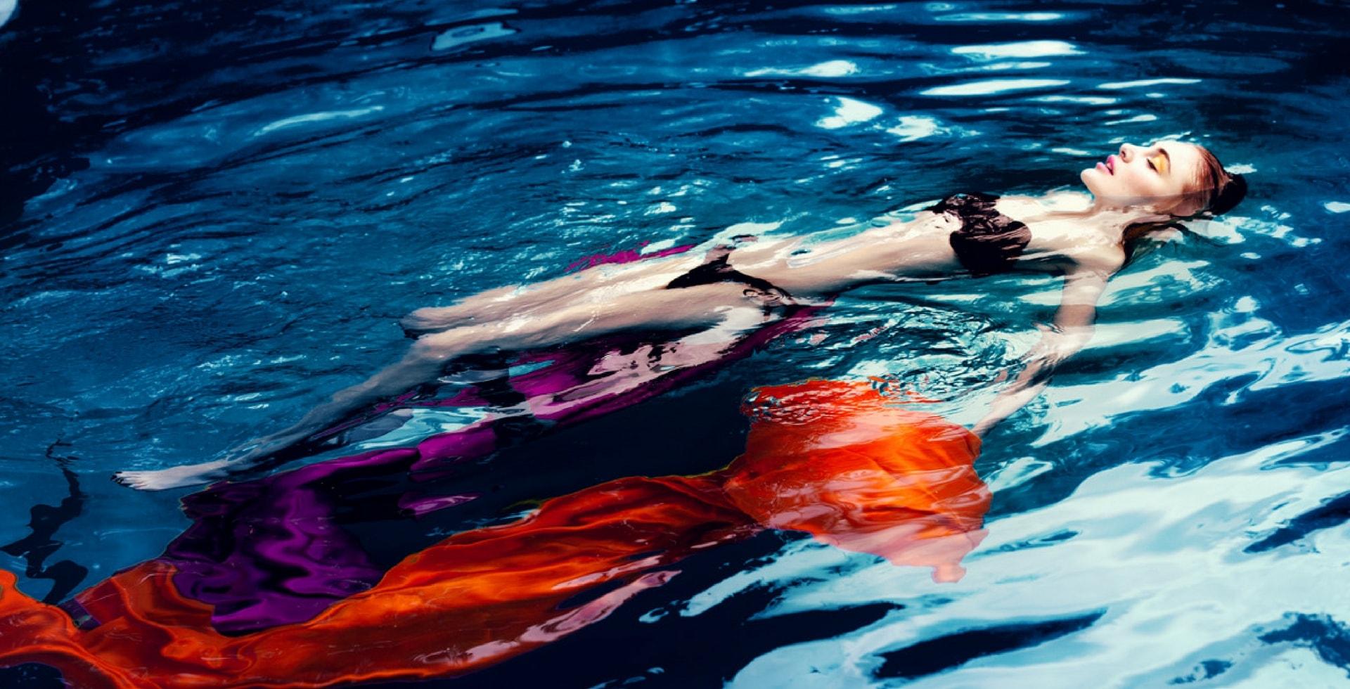 model in pool make up